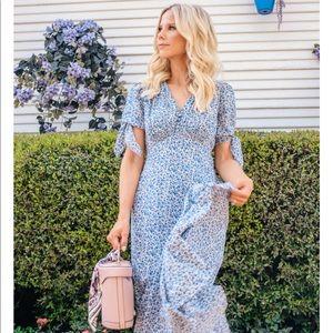 Gal Meets Glam Aurora Maxi Dress